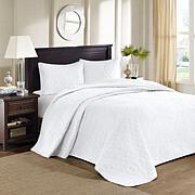 Madison Park Quebec White Quilted Bedspread Set