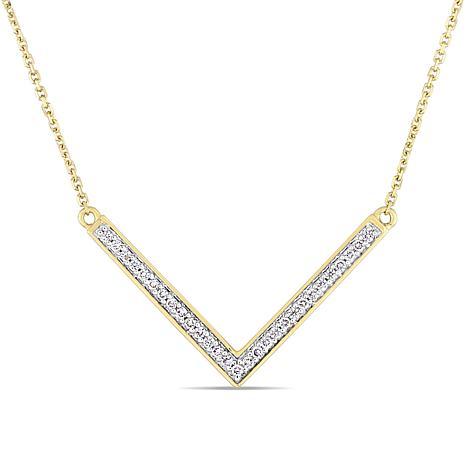 14K Gold .14ctw Pavé-Set Diamond V Necklace