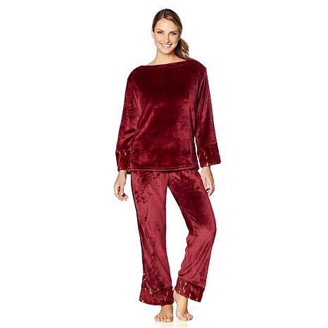 A by Adrienne Landau Plush and Faux Fur Pajama Set