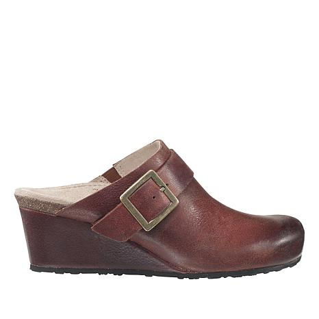 Aetrex® Amelia Leather Wedge Mule