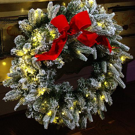 """American Tree & Wreath 26"""" Flocked Color-Changing Wreath with Remote"""