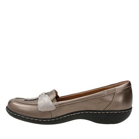 6de591d98c27 clarks-ashland-bubble-leather -slip-on-loafer-d-20180710104049067~629674 alt9.jpg