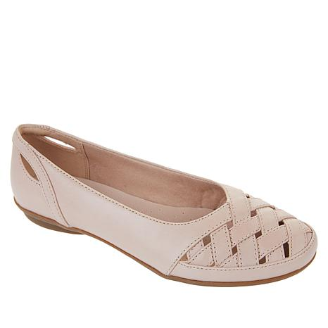 Collection by Clarks Gracelin Maze Leather Flat