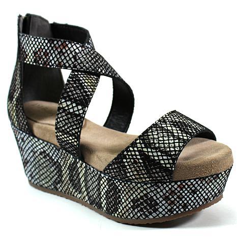 Diba True Busta Move Platform Sandal