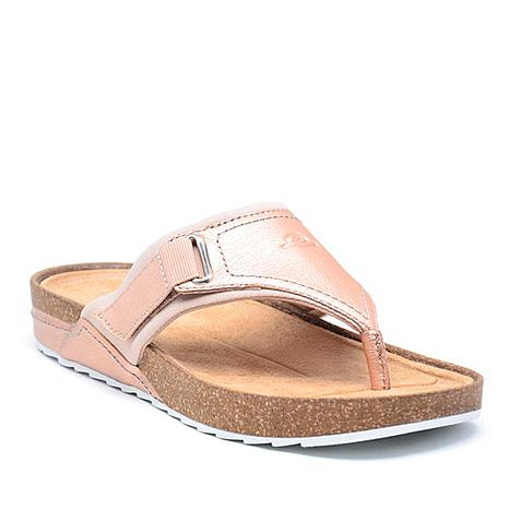 6ac1e6bf59837a easy spirit Peony Leather Thong Sandal - 8744955