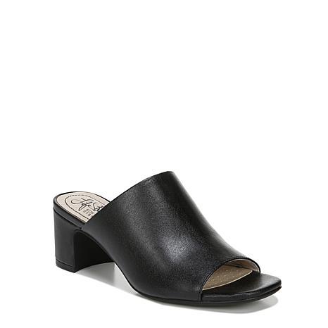 LifeStride Cleo Heeled Mule City Sandal