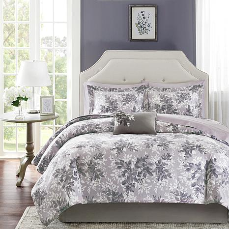 Madison Park Essentials Shelby Complete Bed Set