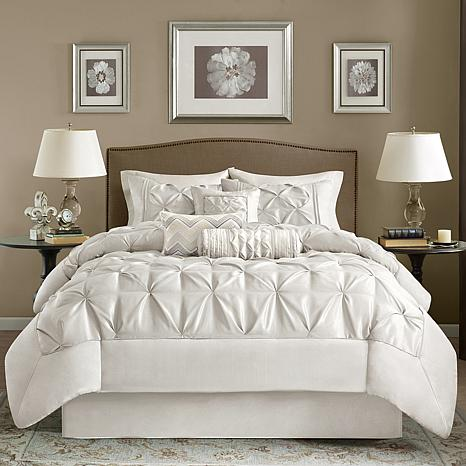 Madison Park White Laurel Comforter Set - Queen