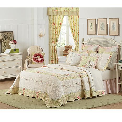 MaryJane's Home Prairie Bloom Bedspread - Queen