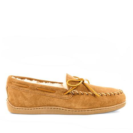 b757fad57d2 Minnetonka Men s Sheepskin Hardsole Moccasin Slippers - 8603807