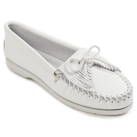 Minnetonka Unbeaded Kilty Leather Moccasin