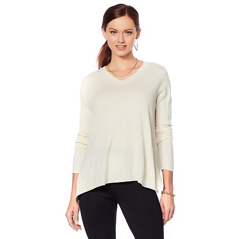 Motto Lightweight V-Neck Sweater - Solid