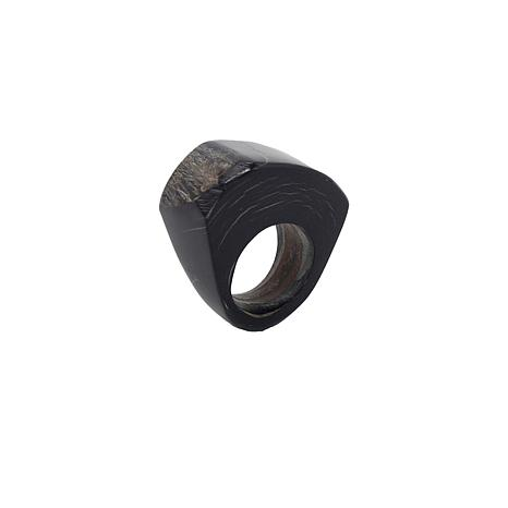 Natural Beauties Domed Organic-Shaped Watusi Cattle Horn Ring