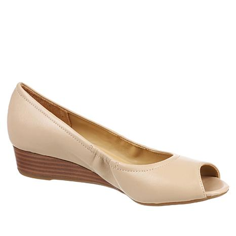 Naturalizer Copper Leather Peep-Toe Wedge Pump