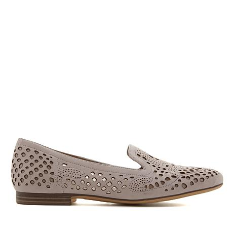 Naturalizer Eve Perforated Leather Loafer