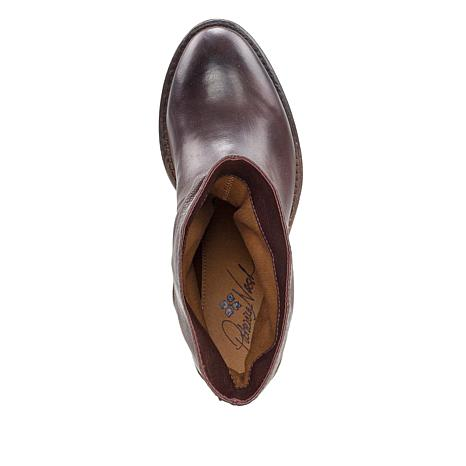 Patricia Nash Monte Leather Slouch Slip