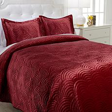 august & leo Velvet Scalloped 3-piece Coverlet Set
