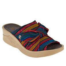 Bzees Smile Washable Bow Slide Sandal
