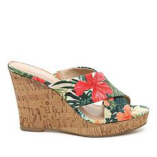 Charles by Charles David Latrice Platform Wedge Sandal