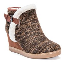 MUK LUKS Women's AnnMarie Boot