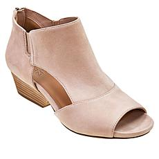 Naturalizer Delta Leather Shootie