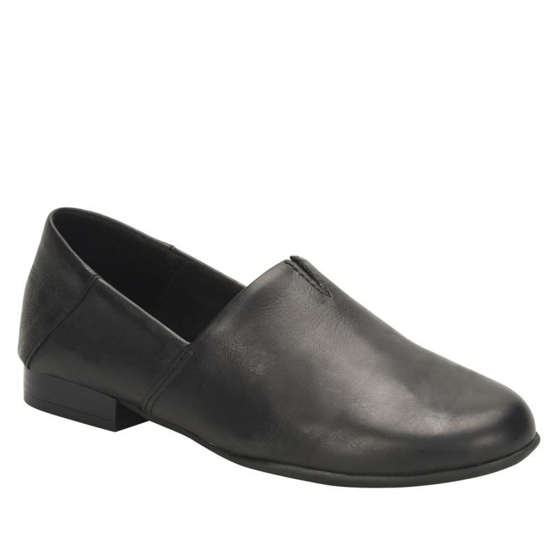 b.o.c. Hailey Slip-On Comfort Loafer