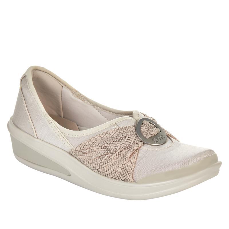 Bzees Minnie Washable Slip-On Shoe