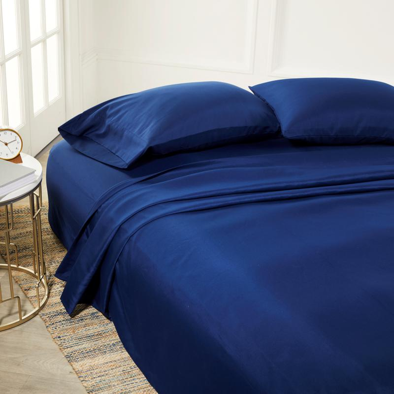 16 Queen Air Mattress Guestroom Set, Concierge Collection Inflatable Ez Bed Queen