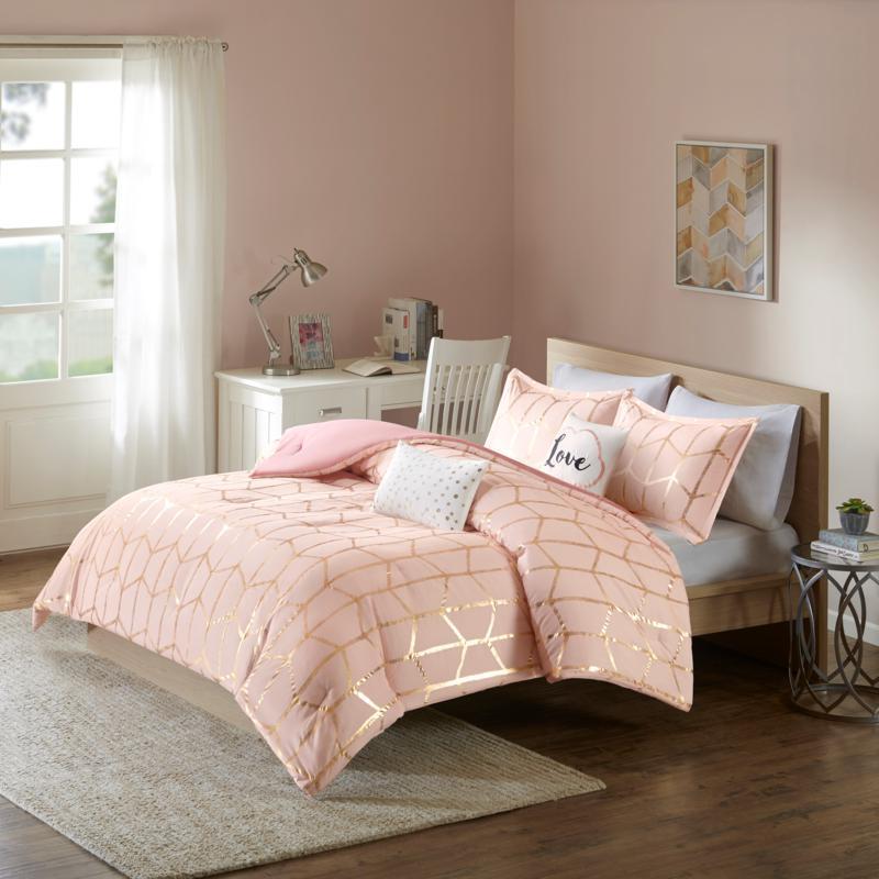 Intelligent Design  Raina Blush/Gold Metallic Comforter Set King/CalK