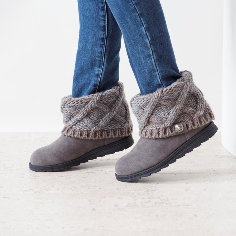 Details about  /MUK LUKS Women/'s Patti Boots Ankle